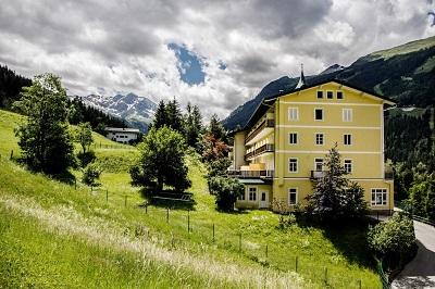 Goedkoop hotel in Bad Gastein boeken - alpe adria fietroute