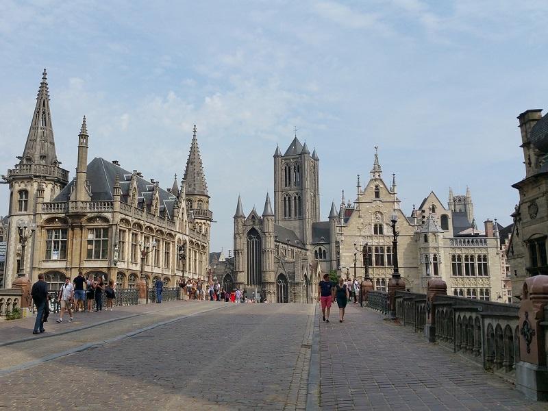 Goedkoop treinticket naar Gent boeken