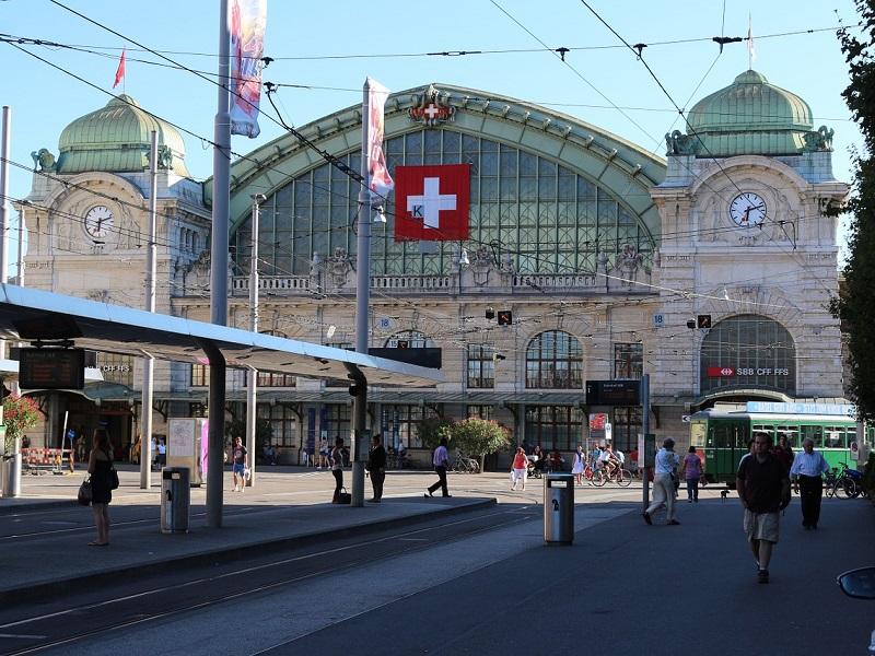 Goedkoop treinticket naar Basel boeken
