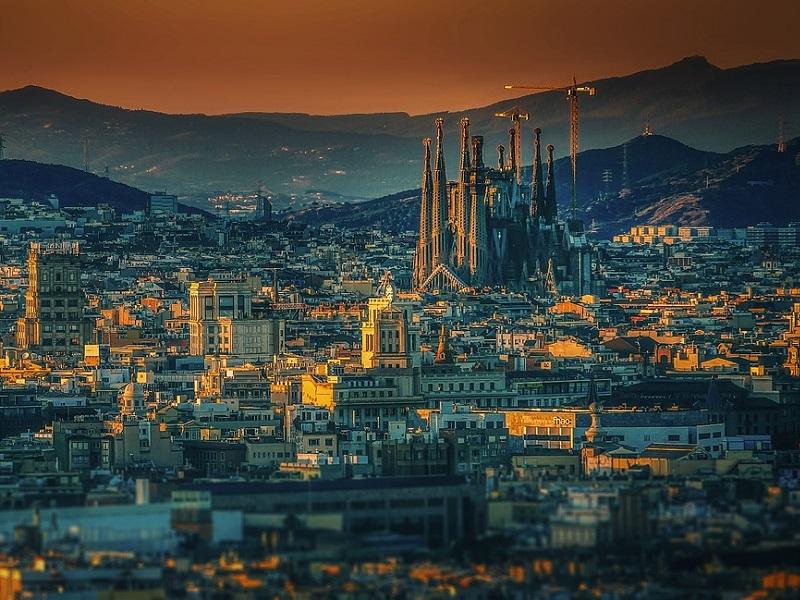 Treinticket naar Barcelona boeken