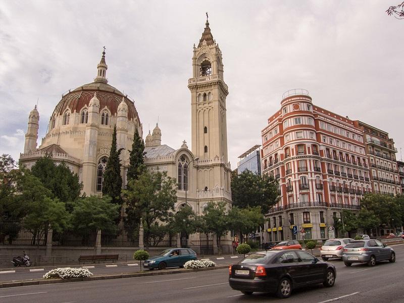 Goedkoop treinticket naar Madrid boeken
