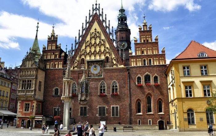 Treinticket naar Wroclaw boeken