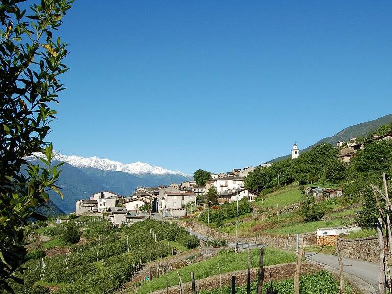Trein naar Tirano